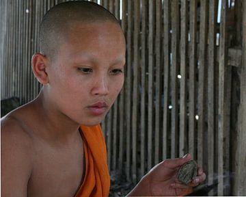buddhistischer Mönch von Cora Unk