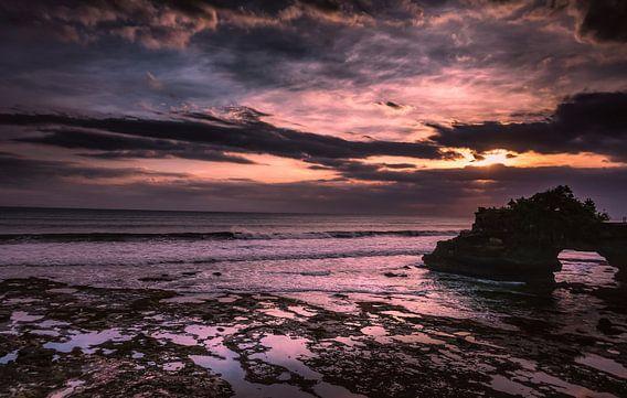 Zonsondergang Tanah Lot van Joris Pannemans - Loris Photography