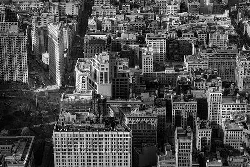 Manhattan met het Flatiron gebouw in New York (zwart-wit)