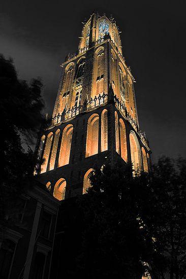 Dom in het donker. van Robin Pics (verliefd op Utrecht)