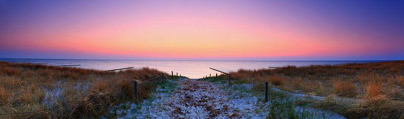 Coucher de soleil - Panorama sur la mer sur Frank Herrmann