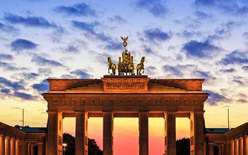 Brandenburger Tor Berlin au coucher du soleil sur Frank Herrmann