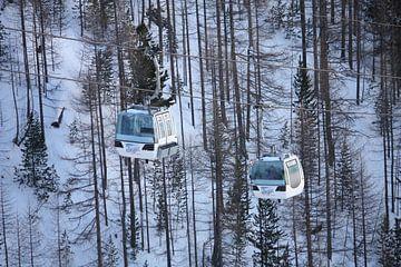 Ski gondel Zwitserland van Yannick  van Loon