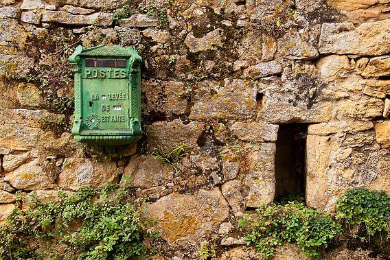 Oude franse brievenbus van Peter Halma