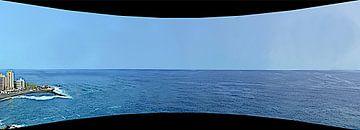 Atlantisch panorama vanaf de baai Playa Martiánez op een ongewone manier van kanarischer Inselkrebs Heinz Steiner