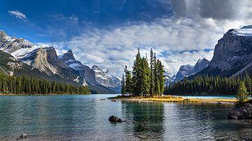 Spirit Island Maligne Lake, Canada van Adelheid Smitt