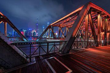 """Photo noir et blanc du """"bund"""" à Shanghai sur Michael Bollen"""