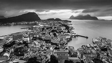 Alesund in Schwarz und Weiß, Norwegen