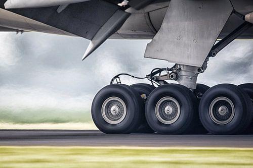 Etihad Boeing 777 van
