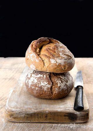 brood aan de muur