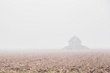 Ferienhaus im Nebel von Petra Brouwer