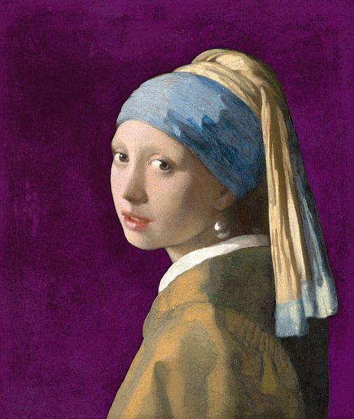 Mädchen mit dem Perlenohrring, violett - Johannes Vermeer von Marieke de Koning