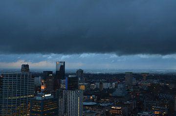 Rotterdam Centrum in de vroege ochtend von Marcel van Duinen