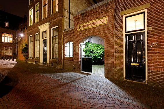 De ingang van de voormalige St-Martinusschool in Utrecht