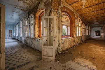 Korridor bei Sonnenuntergang von Wanda Michielsen