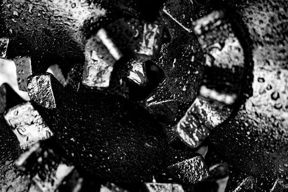 Tricone drill bit close up von Arc One