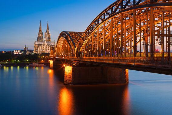De Dom & Hohenzollern Brug, Keulen, Duitsland.