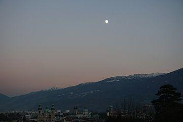 Zonsondergang in Innsbruck, Tirol (Oostenrijk) van Kelly Alblas