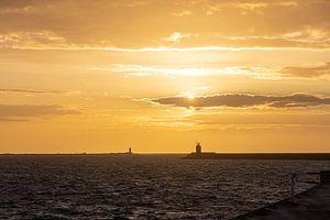 Sonnenuntergang in Ijmuiden von Paul Veen