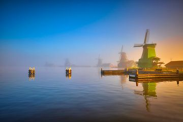 Windmühlen auf der Zaanse Schans von Peter de Jong