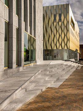 Eingang Kulturgebäude Zinder in Tiel von René Weijers