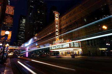 Chicagoer Theater am Abend von Michael Bollen