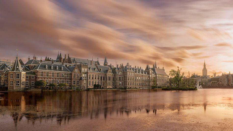 Den Haag: Hofvijver bij zonsondergang van Erik Brons