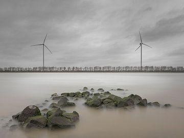 Grauer Wintermorgen am Nieuwe Waterweg von Henno Drop