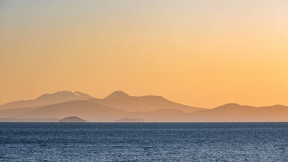 Zonsondergang boven Lake Taupo, Nieuw-Zeeland