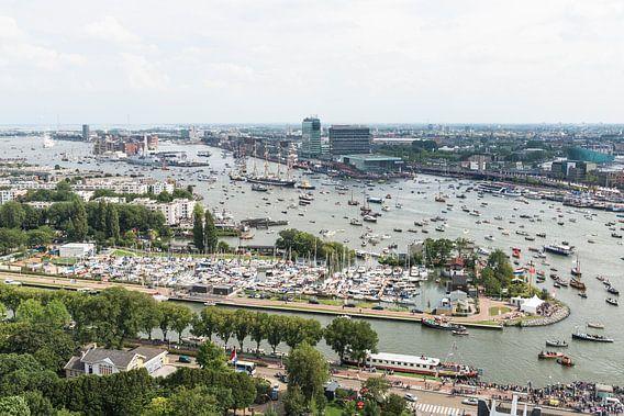 SAIL AMSTERDAM 2015: SAIL-In vanaf de A'DAM toren. van Renzo Gerritsen