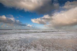 Zee en strand bij Paal 9 Texel