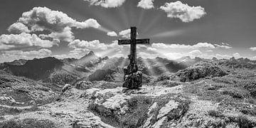 Bergkreuz von Walter G. Allgöwer