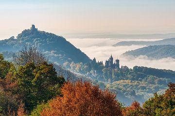 Drachenfels mit Ruine und Burg Drachenburg, Siebengebirge von Katho Menden
