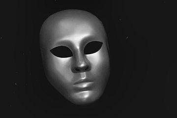 Die Maske von Hennie Zeij