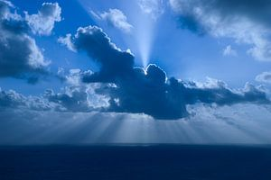 Achter de wolken van