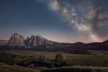 Melkweg over Dolomieten van Peter Poppe