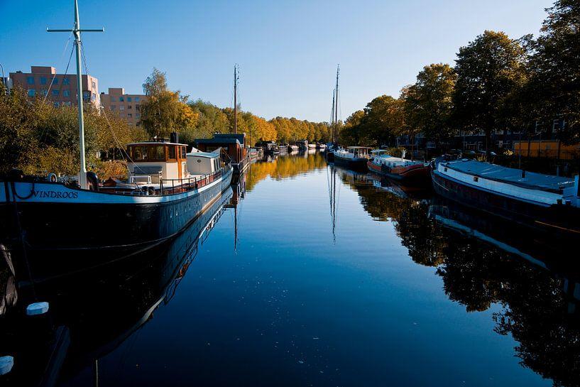 Reitdiep in de stad Groningen van Jan Peter Mulder