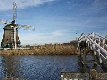 Molen bij het kippenbruggetje in Heerhugowaard over de Ringvaart bij de Draai van Mirjam Rood-Bookelman