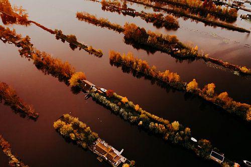 Luchtfoto van Scheendijk tijdens zonsopkomst