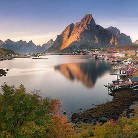 Reine Panorama van Edwin Mooijaart