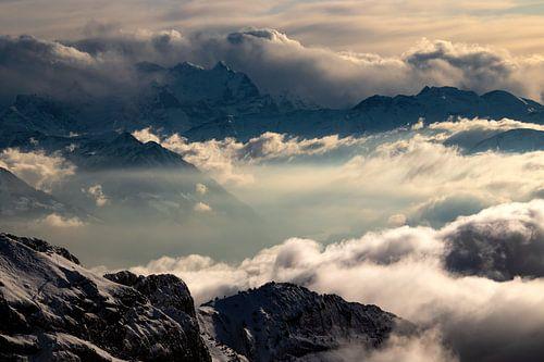 Uitzicht vanaf Pilatus - Obwalden / Nidwalden - Zwitserland van Felina Photography