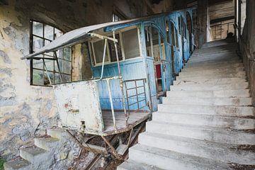 Blauwe Monorail van Perry Wiertz