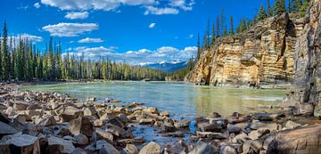 Athabasca Fluss in Jasper National Park, Kanada von Rietje Bulthuis
