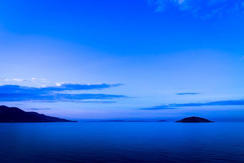 Blue Mood Ocean van Thomas Froemmel