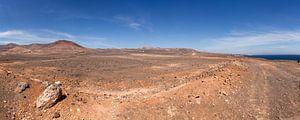 Panoramisch vulkaanlandschap op Lanzarote van