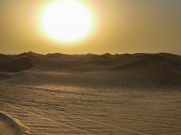 zonsondergang in Abu Dhabi van Eline Oostingh