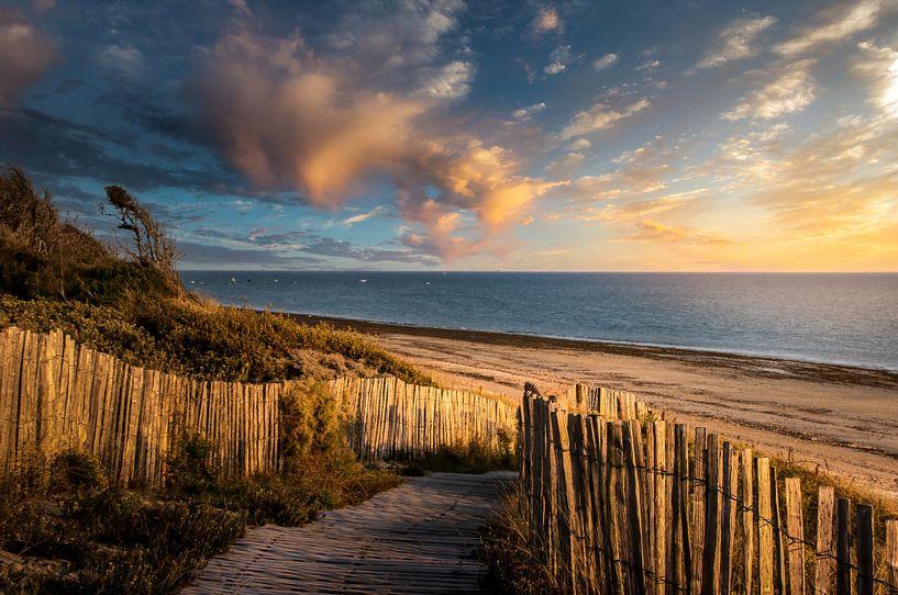 Zonsondergang op strand van Ile de Ré van Peschen Photography