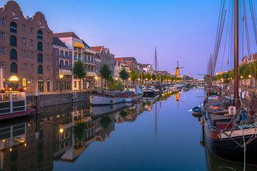 Blue hour Historic Delfshaven Rotterdam sur