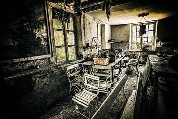 Verlaten tuinhuis Bretagne van Mark Isarin | Fotografie