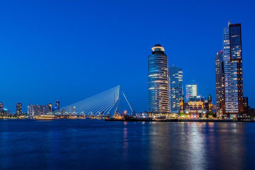 Rotterdam - Blauwe uur van Ton de Koning